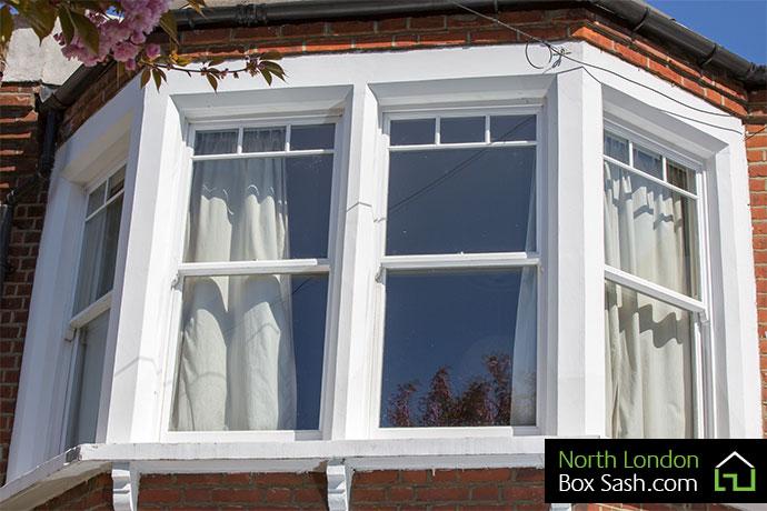 Box sash bay windows north london box sash windows for Box bay window